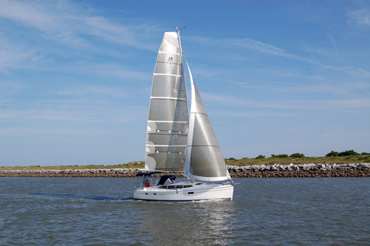 The 2017 E36 Will Deliver To Sailtime Orange County S Newport Beach Sailing Operation In April It Have Elco Electric Propulsion System With A