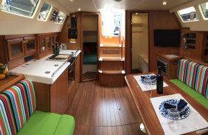 MH31-Main-Salon-Galley-fopr-Website-GE-1