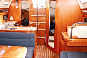 Hunter 38 Interior cabin view.