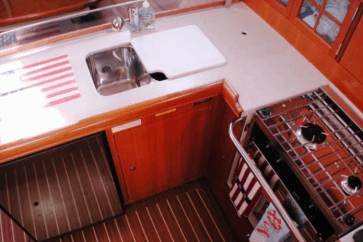Hunter 38 Interior kitchen.