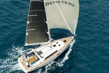 Beneteau 41.1 Under sail with both the jib and main full of wind.